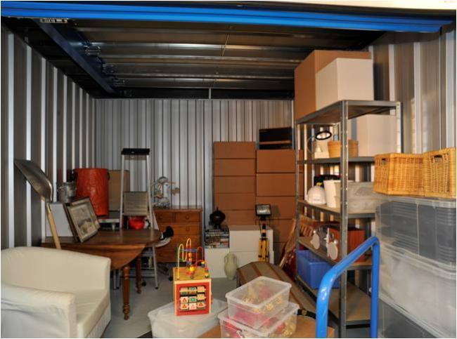 garde meuble brest location box jusqu 39 30. Black Bedroom Furniture Sets. Home Design Ideas